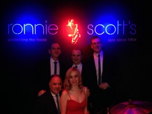 The Dynamos at Ronnie's